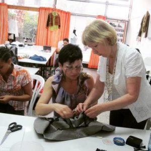 סדנת תפירה מא' עד ת' בבית הספר למקצועות האופנה של אילנה ברטל